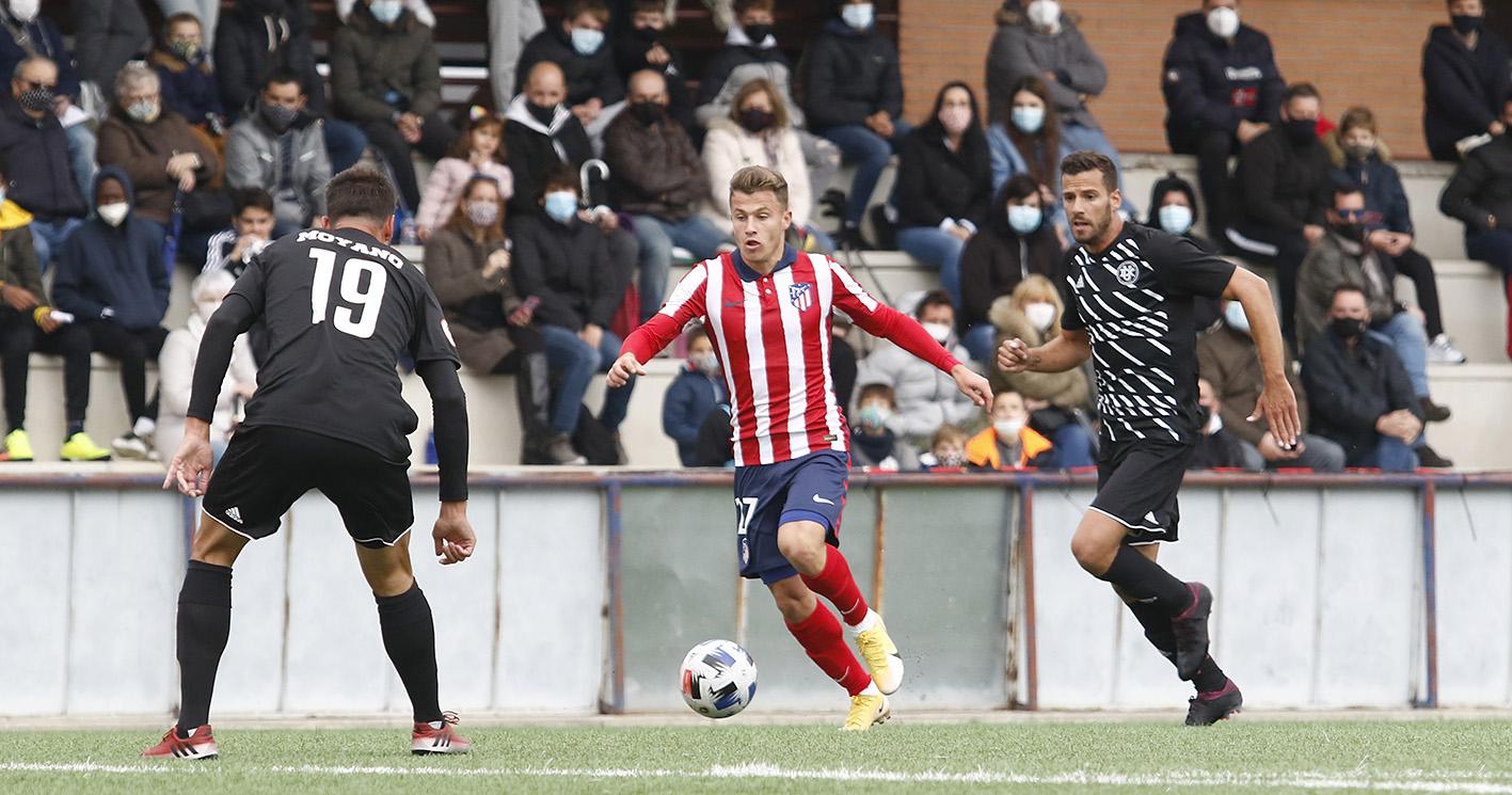 Dux Internacional contra Atlético B