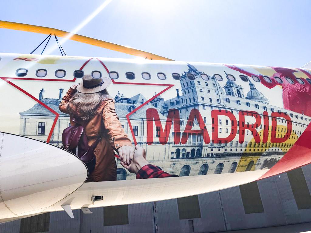El Airbus que llevará la imagen de San Lorenzo de El Escorial por todo el mundo.